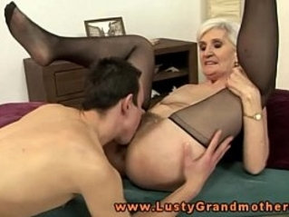 Blonde mature pussy eating