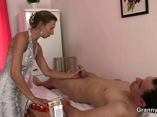 Granny gets her hairy hole nailed