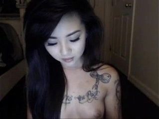 omgcambabes.win Pretty asian wants your attention!